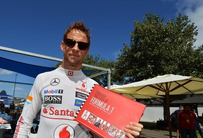 Button zapušča F1?
