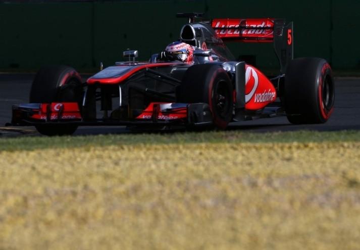 McLaren razmišlja o uporabi lanskega dirkalnika