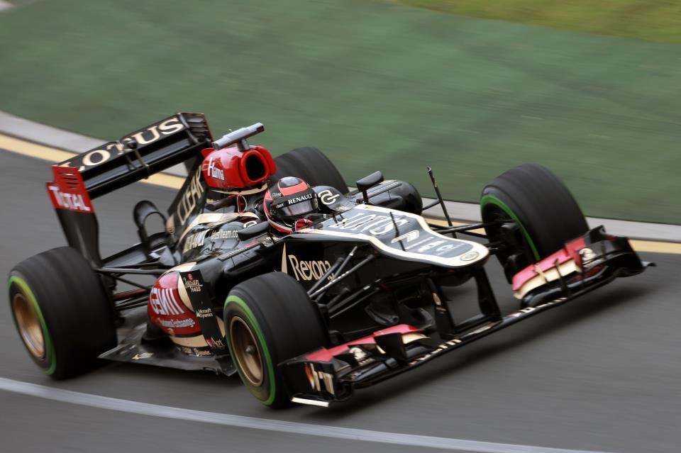 Raikkonen presenetljivi zmagovalec prve letošnje dirke