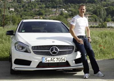 Michael Schumacher še naprej za Mercedes-Benz