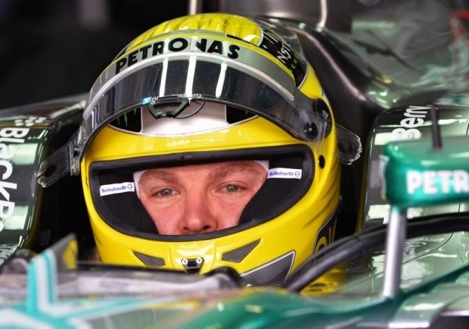 Rosberg najhitrejši na prvem treningu v Šanghaju