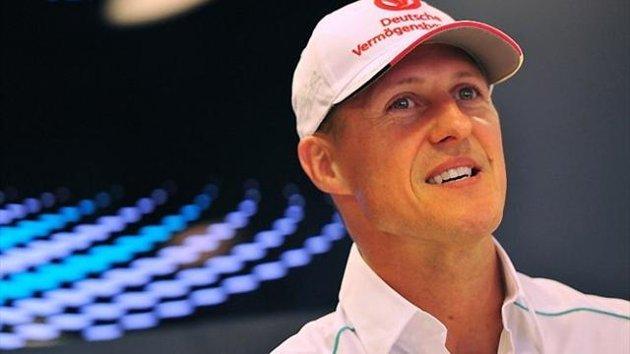 Schumacher z F1 dirkalnikom po Nordschleifu