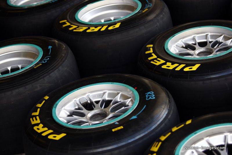 Pirelli preložil uvedbo novih gum