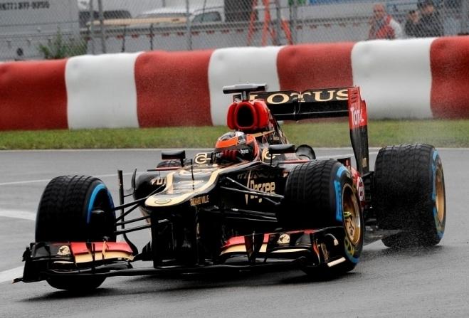 Lotus v Silverstonu prvič z dvojnim DRS