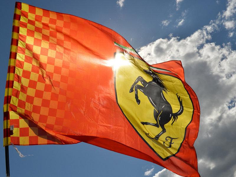 Ferrari zmeden zaradi kazni Mercedesa