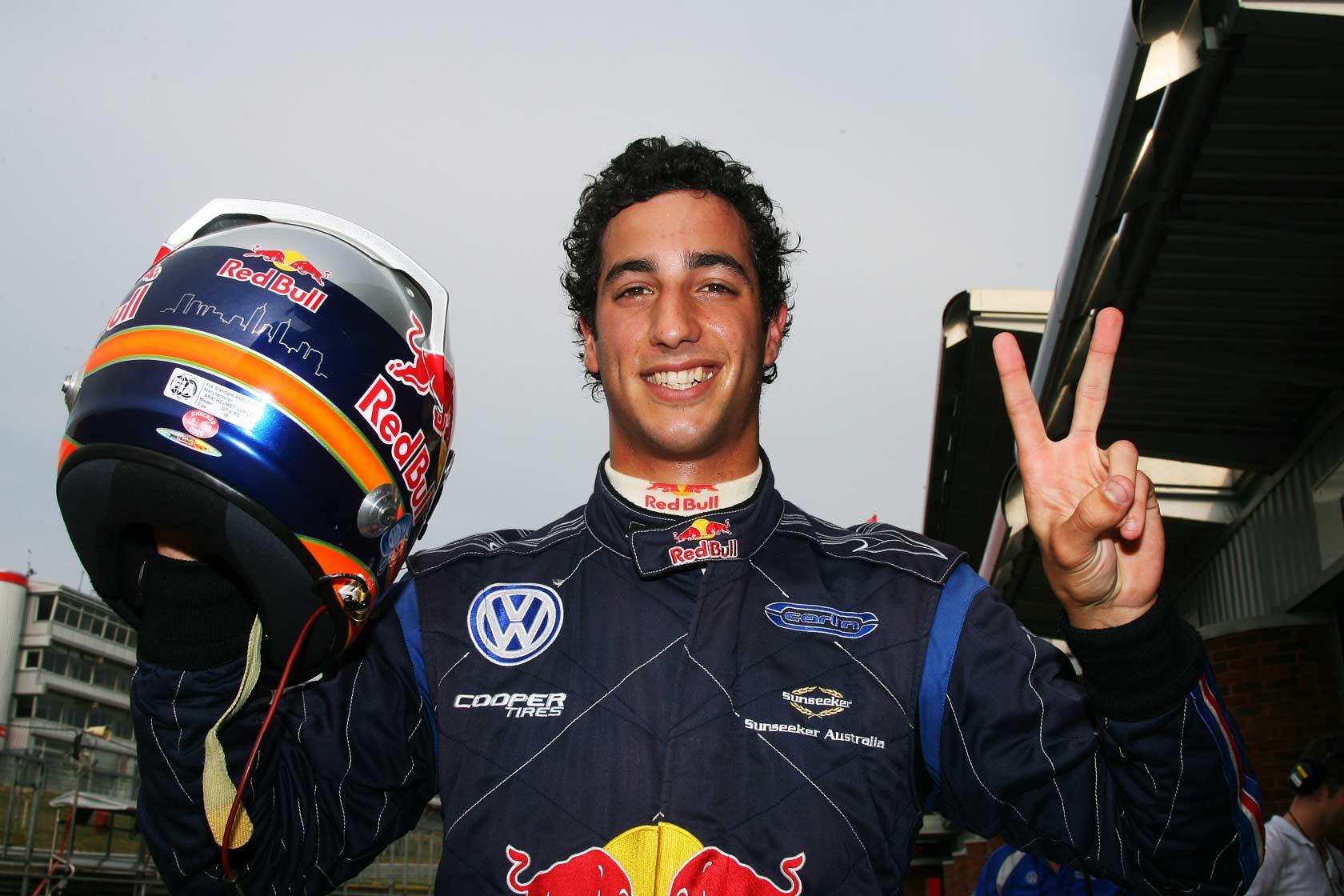 Silverstone 2. dan: Ricciardo s Toro Rossom