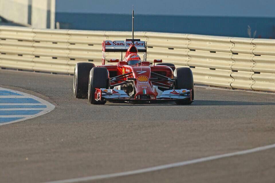 Raikkonen najhitrejši na prvi dan testiranj