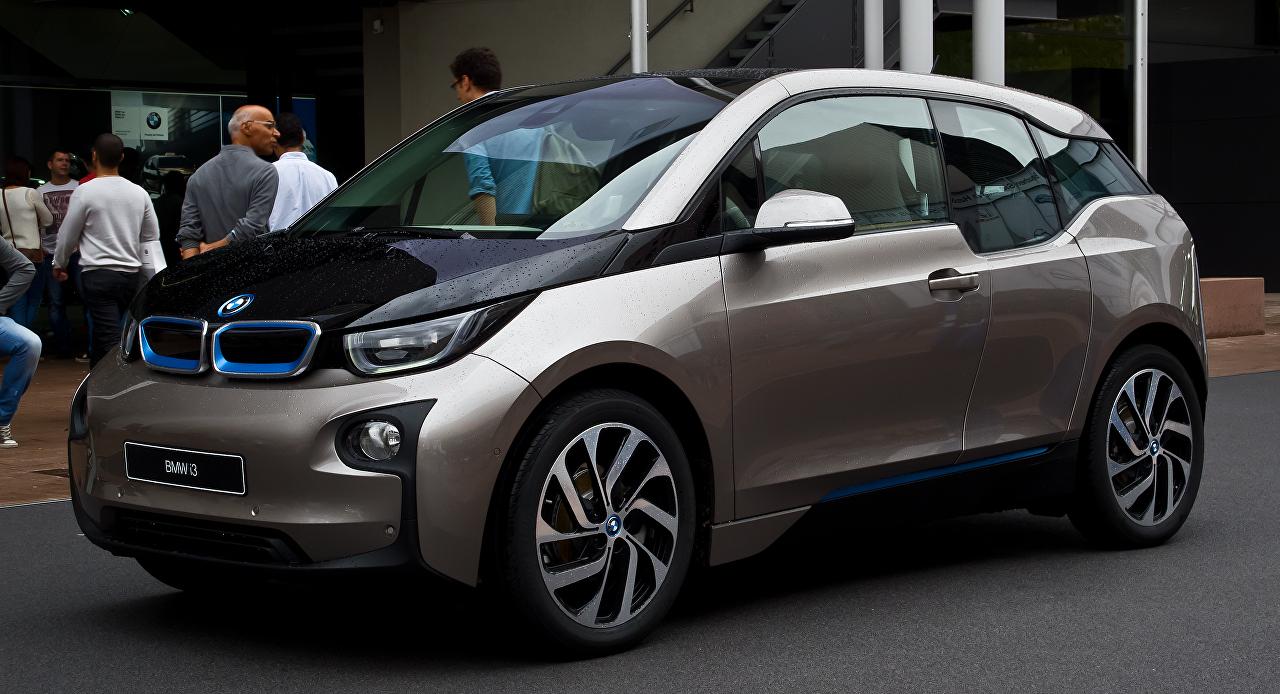 Drago polnjenje za BMW i3