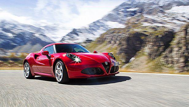 Alfa Romeo 4C postavlja Alfo nazaj med premijske znamke