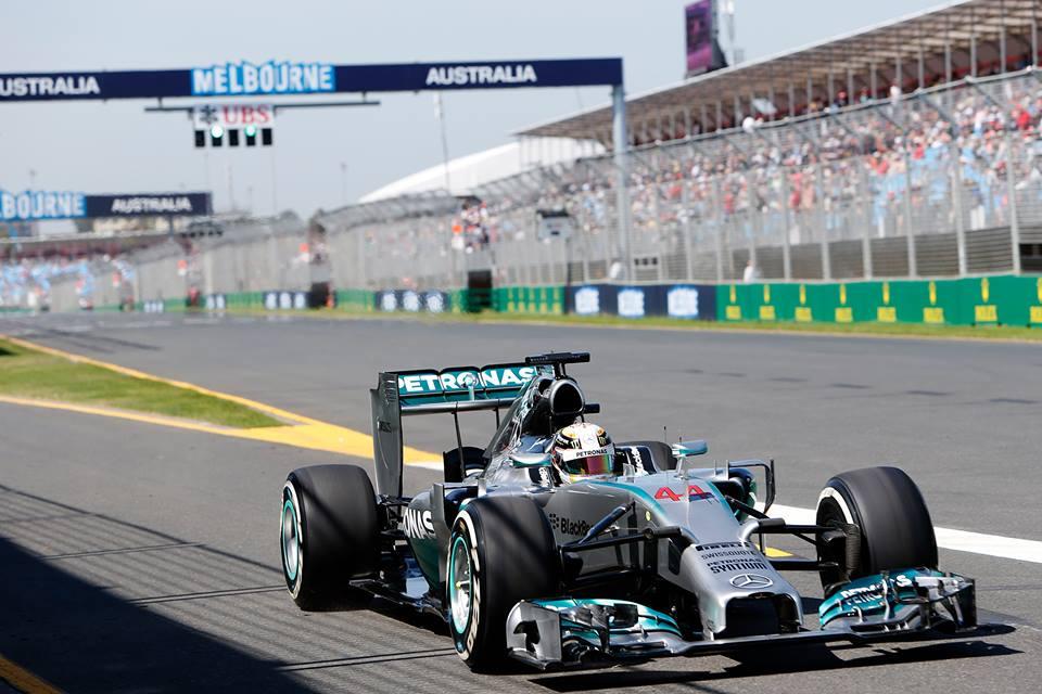 Hamilton Ricciardu preprečil domačo senzacijo