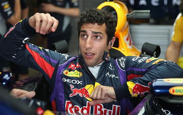 Ricciardo želi Vettlovo pomoč