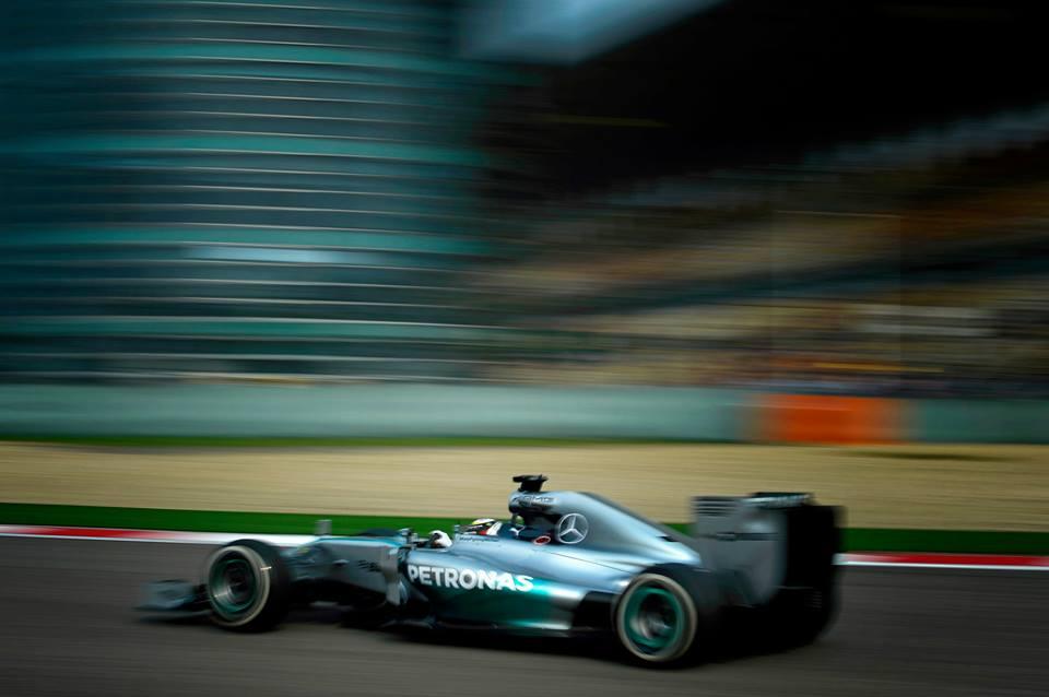 Hamiltonu tretja zaporedna zmaga