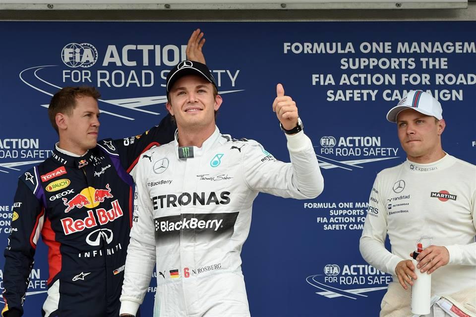 Rosberg prvi, Hamilton v ognju