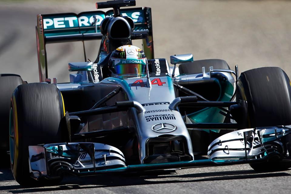 Mercedesa na vrhu obeh domačih treningov