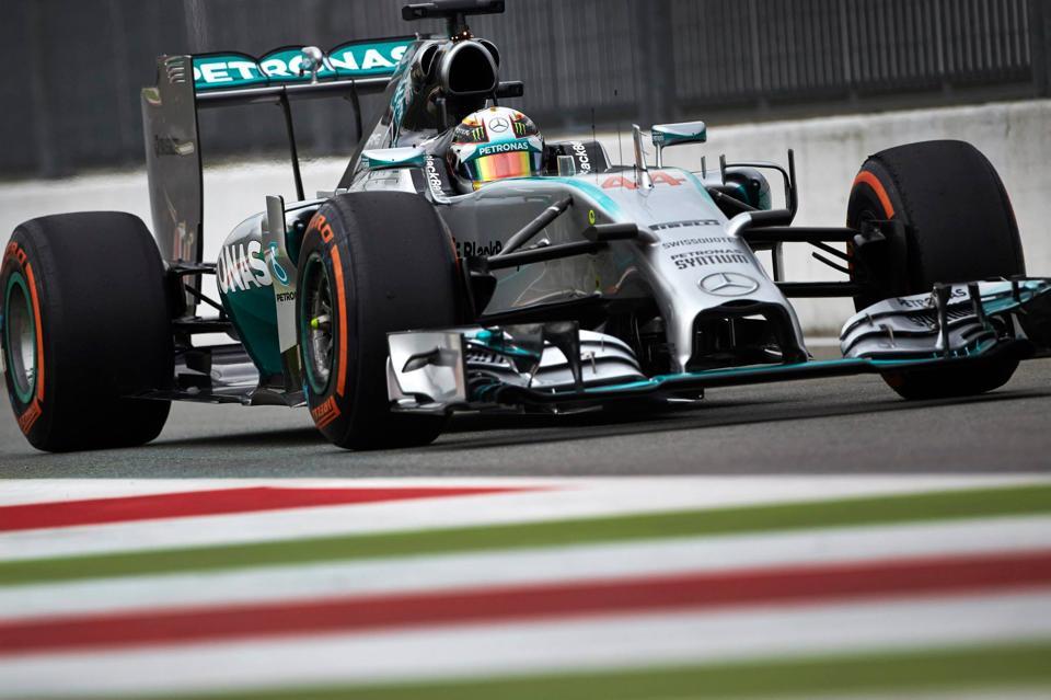 Rosberg odstopil, Hamilton zmagal