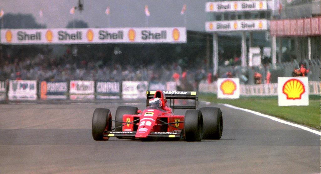 VIDEO: 100 minut Ferrarijevega V12 iz 1989