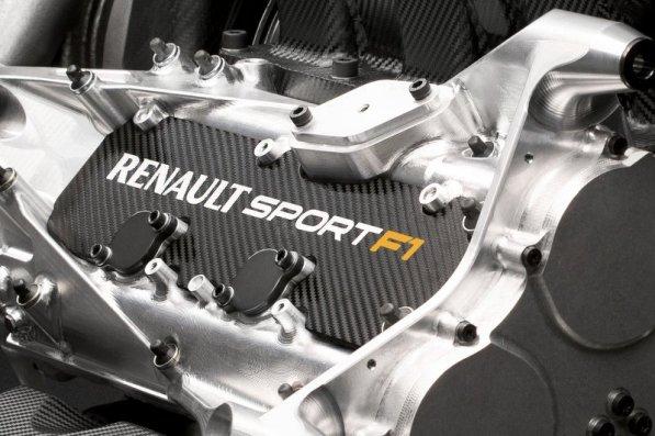 Bo Mercedes obdržal prednost v 2015?