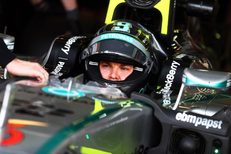 Rosberg: Hamilton me je zadrževal