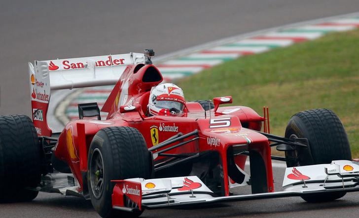 Vettlova čelada ni kopija Schumacherjeve