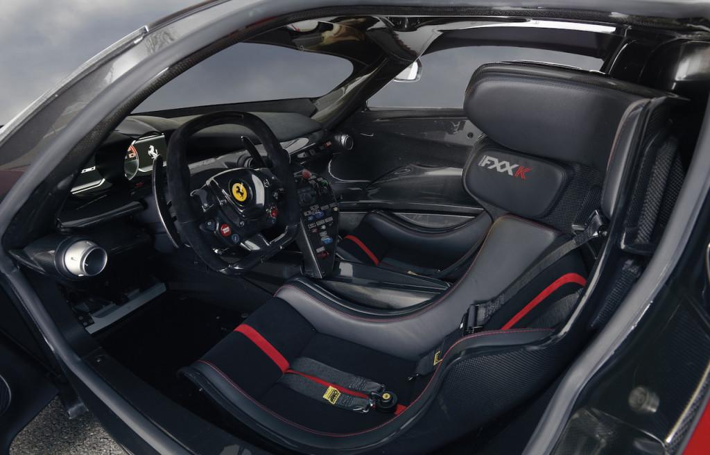 1400446_CAR-Ferrari_FXXK-1280x0_EOIRJY
