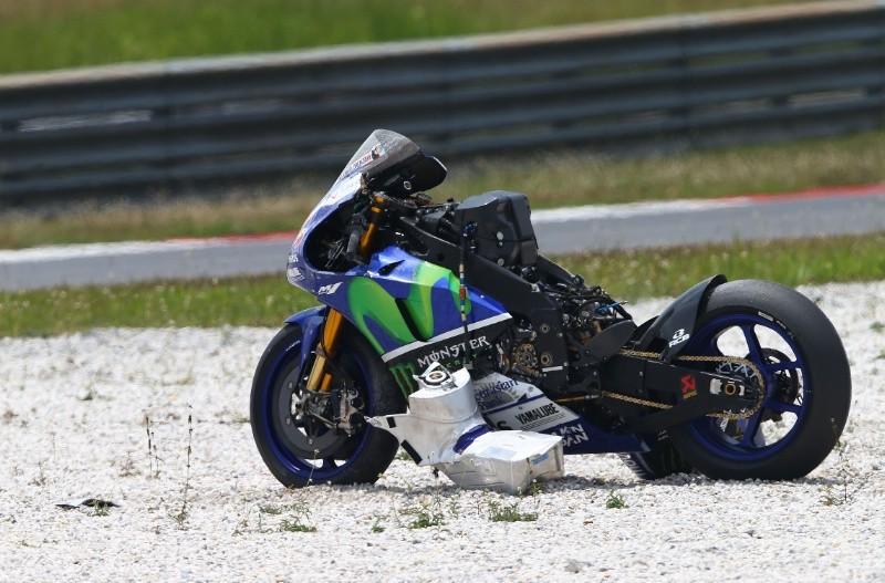 Lorenzova totalka na novih Michelinkah