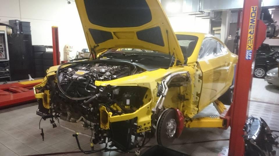 Bentley V8 je bil po nastopu v Top Gearu uničen