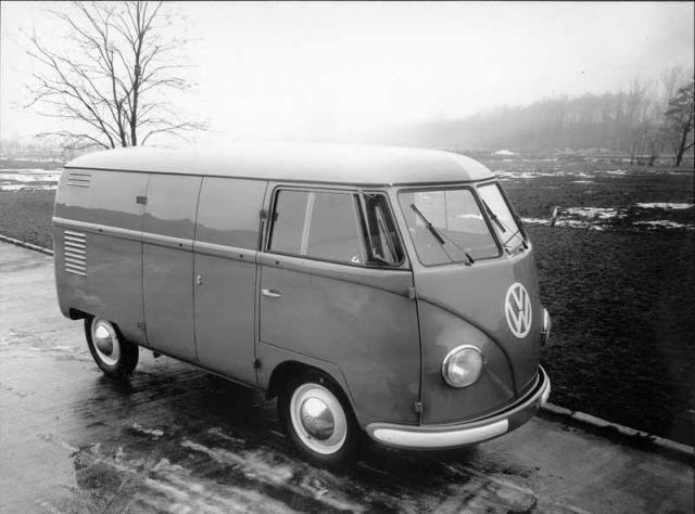 65. obletnica izdelave prvega transporterja