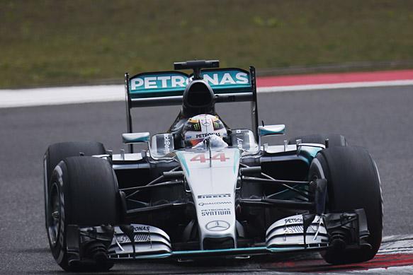 Mercedes nazaj na vrh