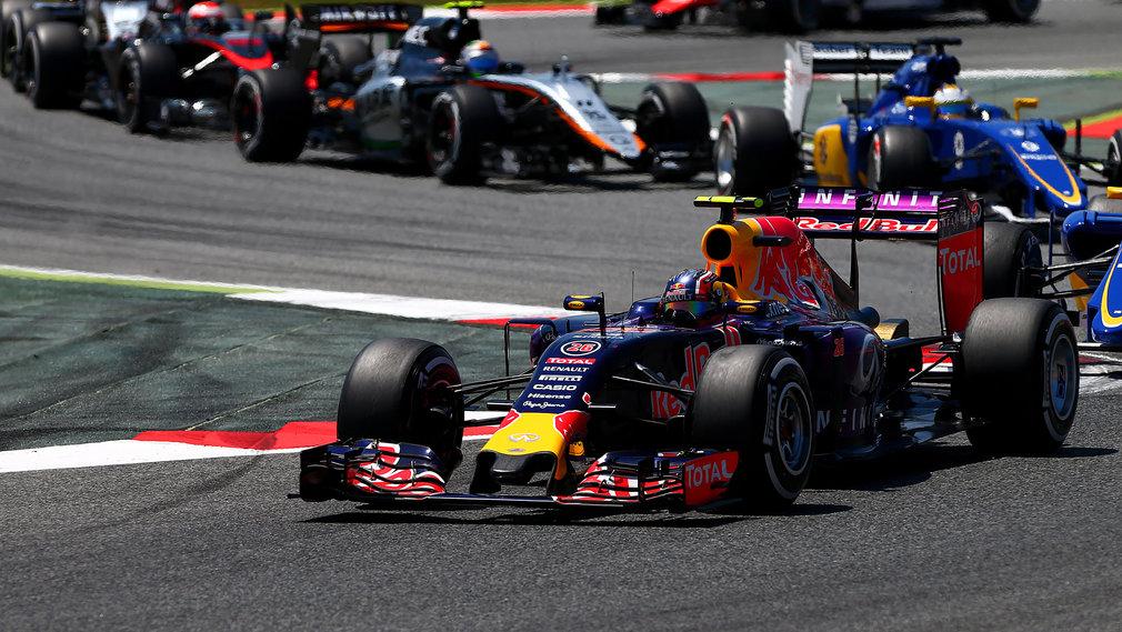 Red Bull: Dogovor z Mercedesom je propadel, zadnja rešitev Ferrari