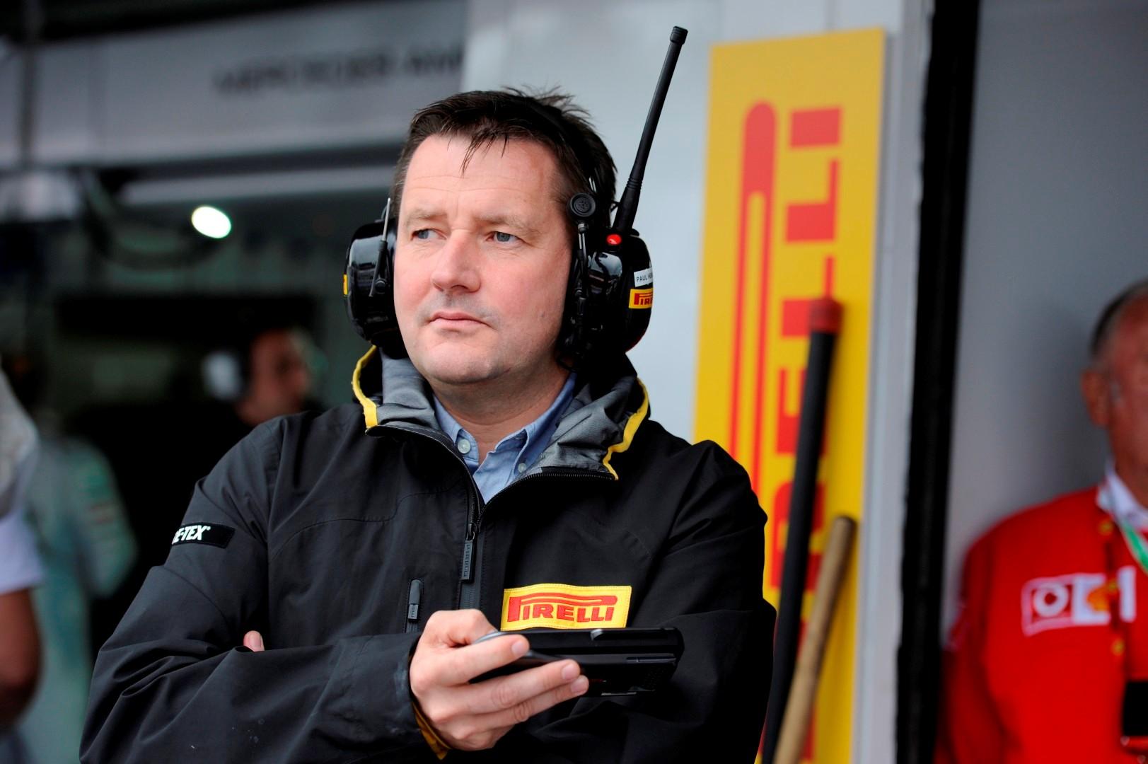 Dirkači Formule 1 naj ustavijo kritike Pirellija