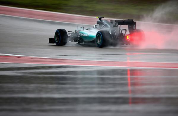 Rosbergu skrajšane kvalifikacije
