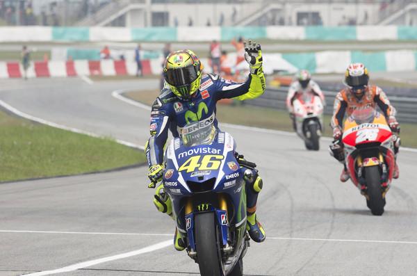 Rossi v boj kljub kazni
