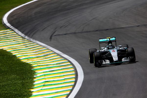 Nico Rosberg odplesal svojo dirkaško sambo