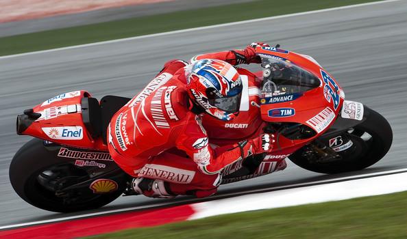 Stoner nazaj na Ducatiju že januarja