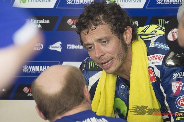 Rossi s posodobljenimi gumami bližje meji