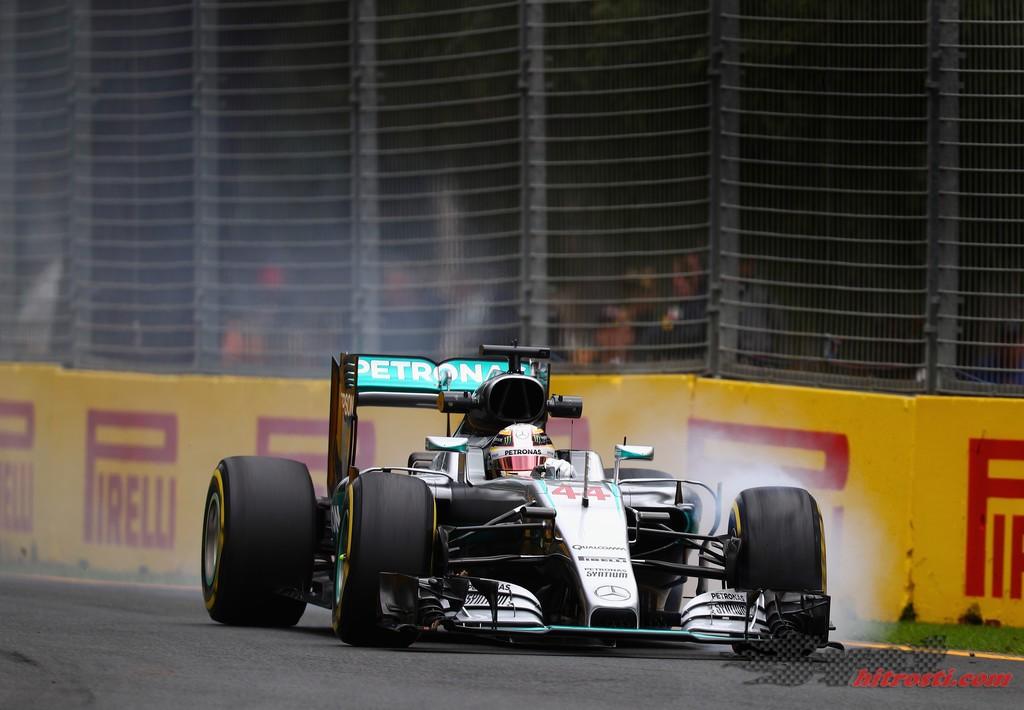 Hamilton sezono začenja na vrhu