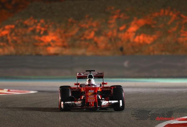 Ferrari štiri desetinke pred srebrnima puščicama