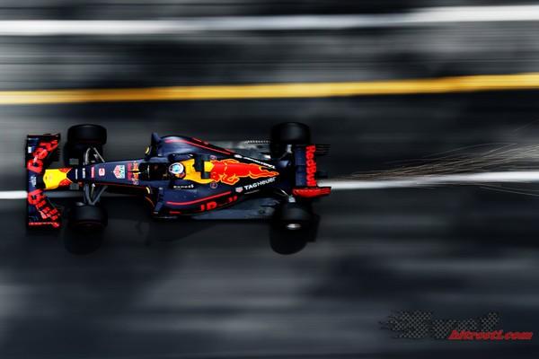 Ricciardo dominanten na drugem treningu Monaka