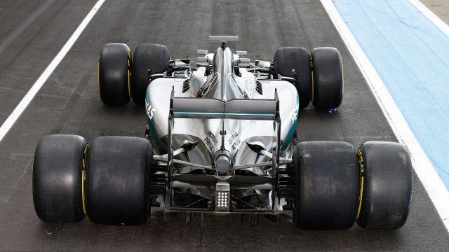 Mercedes preizkušal širše pnevmatike