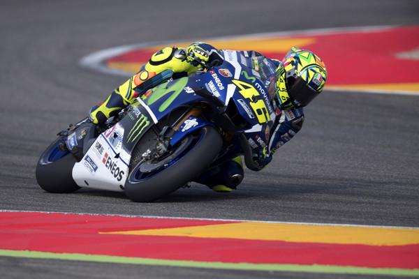 Rossi v Motegiju s prvega mesta