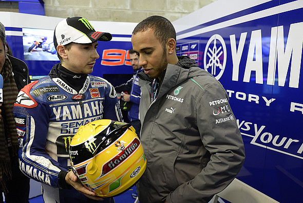 Lorenzo bo testiral Hamiltonovega Mercedesa