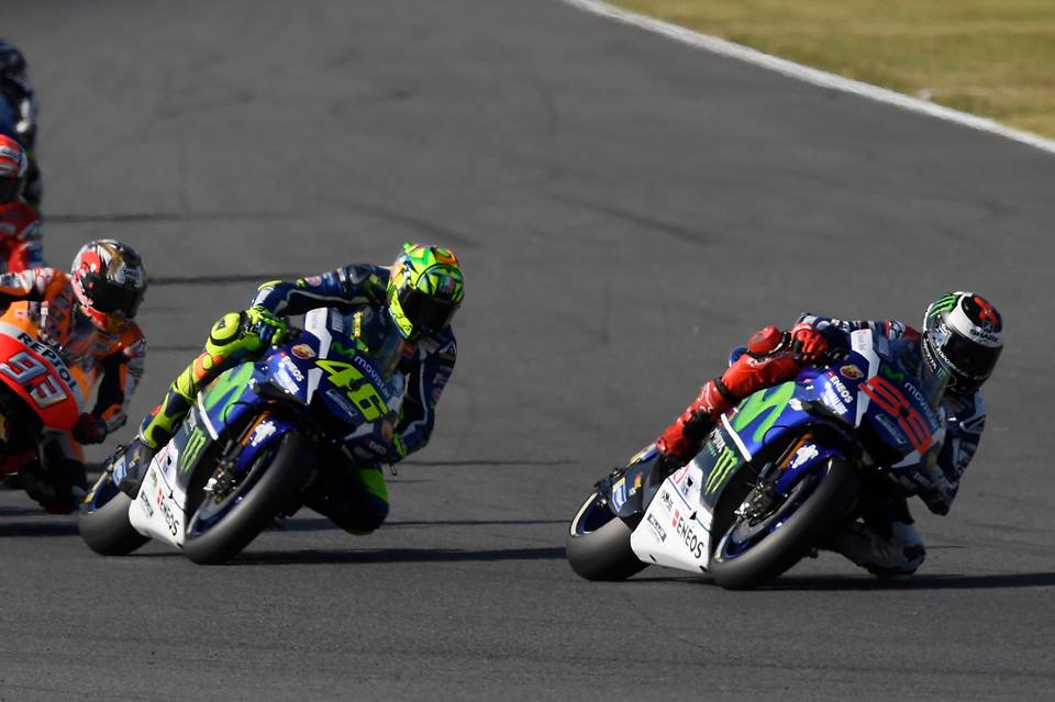 Rossi in Lorenzo v Avstraliji zaskrbljena zaradi gum