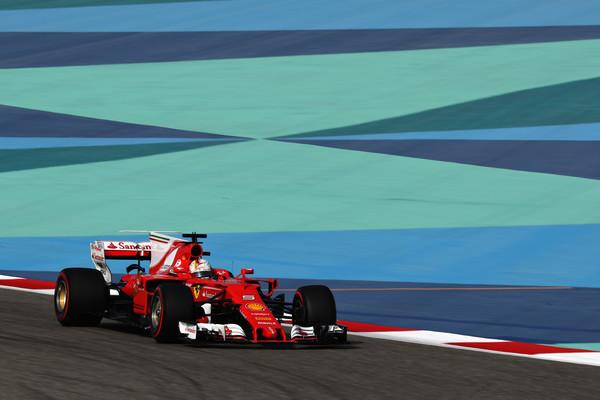 Vettel po letu 2013 spet zmagal v Bahrajnu