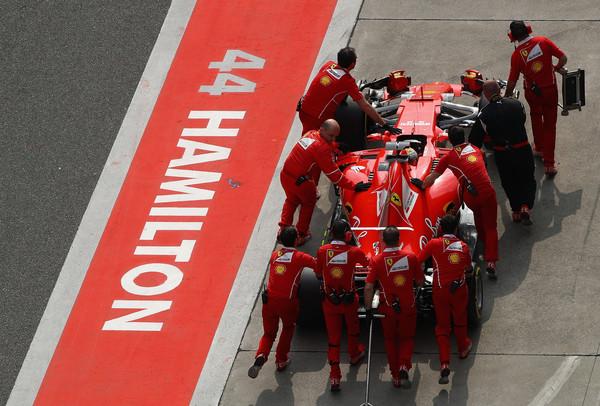 Vettel obžaluje nesrečni varnostni avto