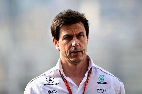 Wolff odstopa z mesta šefa moštva Mercedes