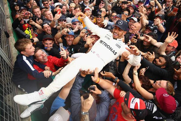 Hamilton prepričan, da bo Britanija ostala na koledarju dirk