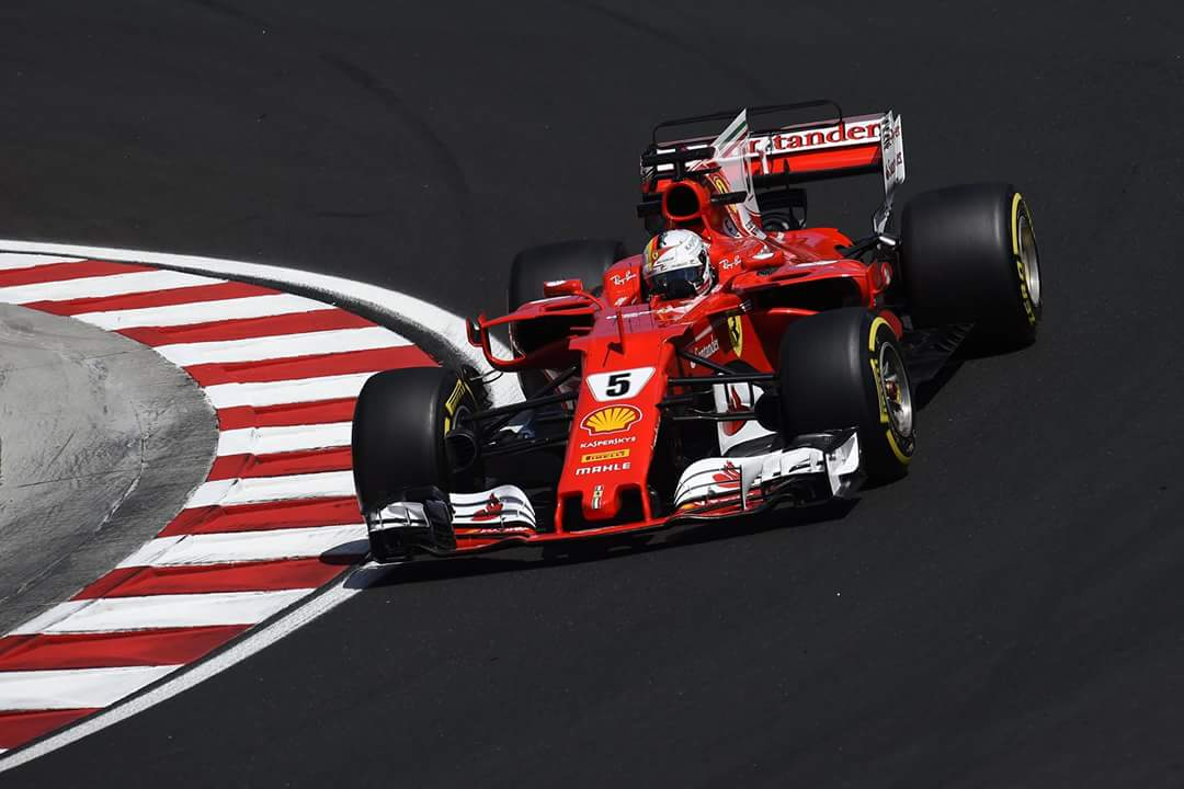 Vettel najhitrejši, čudežni Kubica sedmi