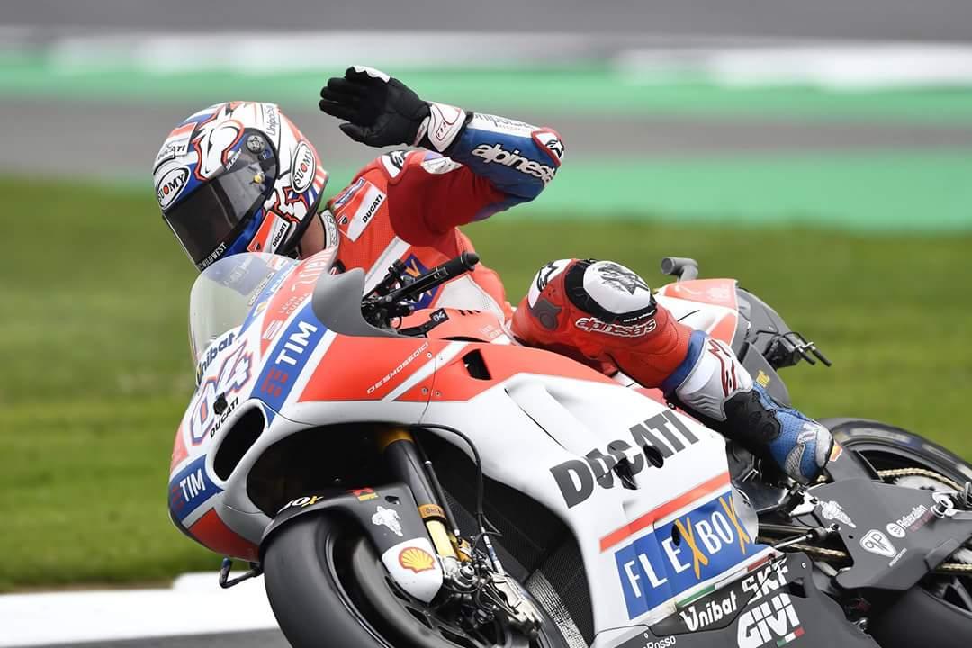 Dovizioso Rossiju preprečil zmago na 300. dirki