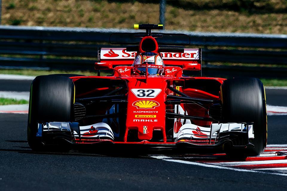Ferrari ostaja na vrhu
