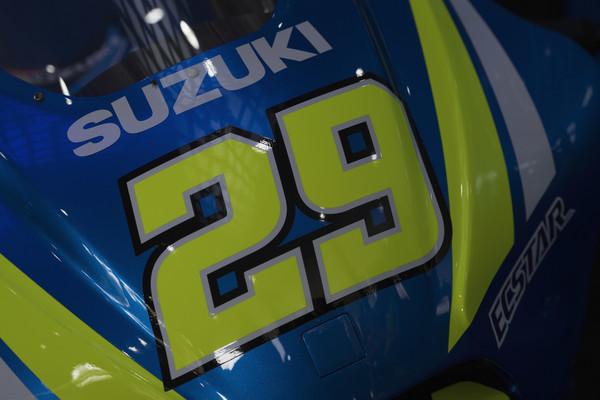 Suzuki resno razmišlja o satelitski ekipi